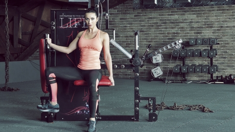 Cable Seated Single Leg Hip Adduction | TYTAX® S6 hüft adduktion